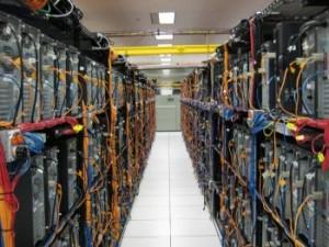 backup server 300x225 Czynności diagnostyczne i archiwizacja danych